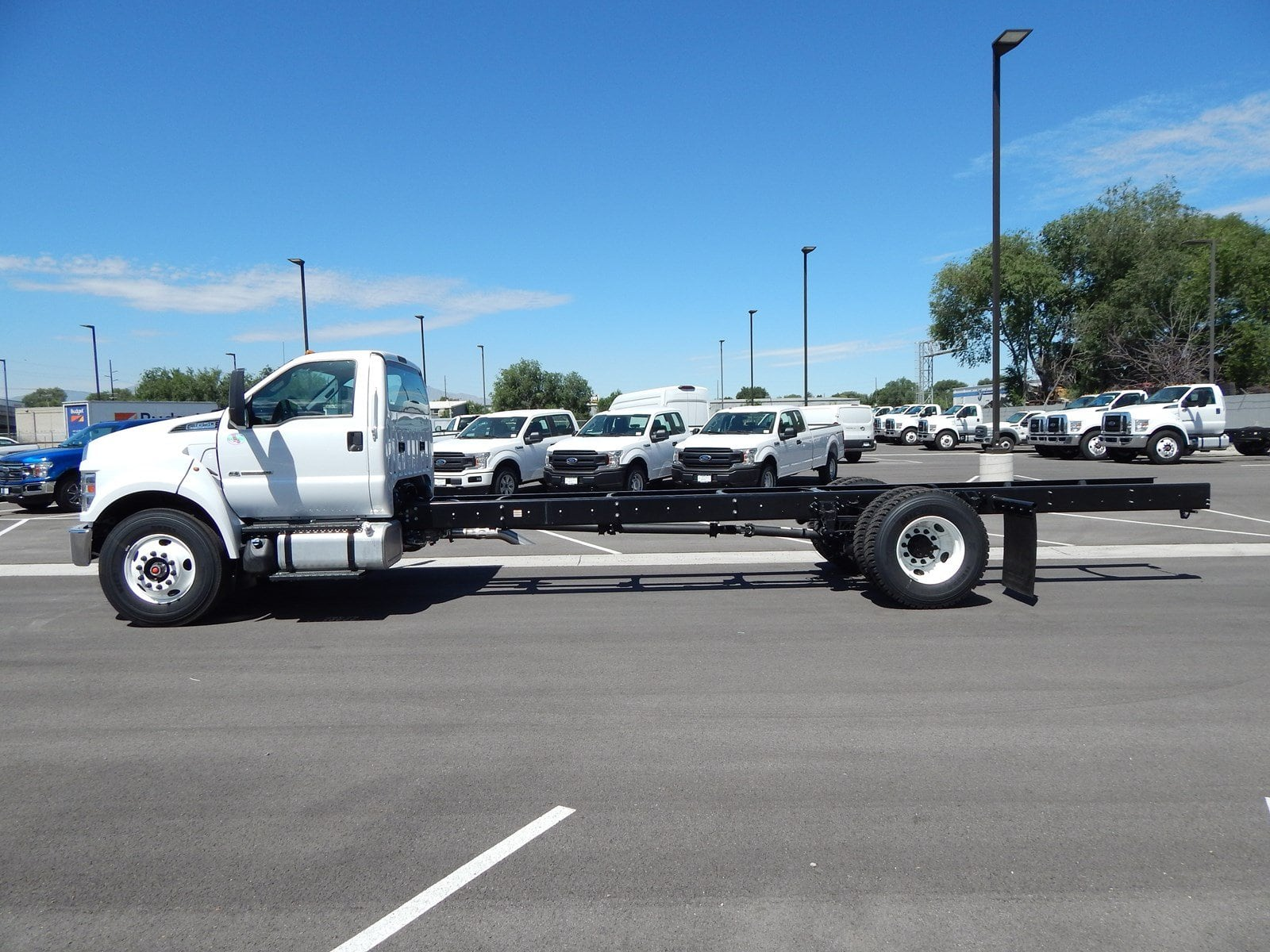 2018 F-650 Regular Cab DRW 4x2,  Cab Chassis #68224 - photo 4