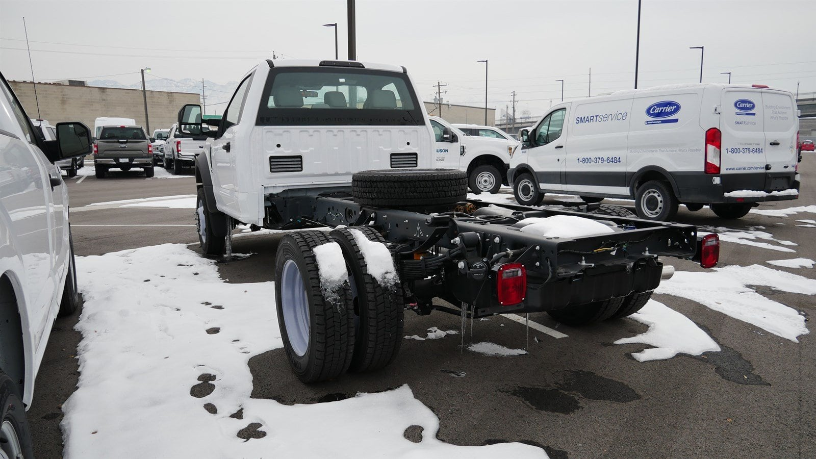 2019 F-550 Regular Cab DRW 4x4,  Cab Chassis #69017 - photo 4