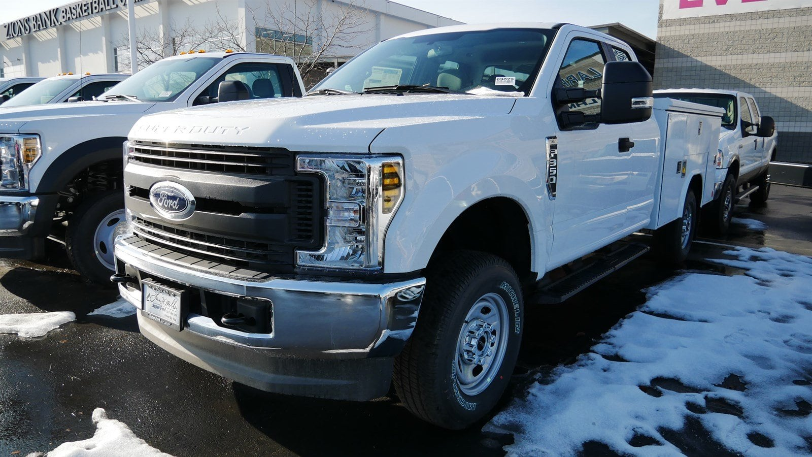 2019 F-350 Super Cab 4x4,  Reading Service Body #69029 - photo 5