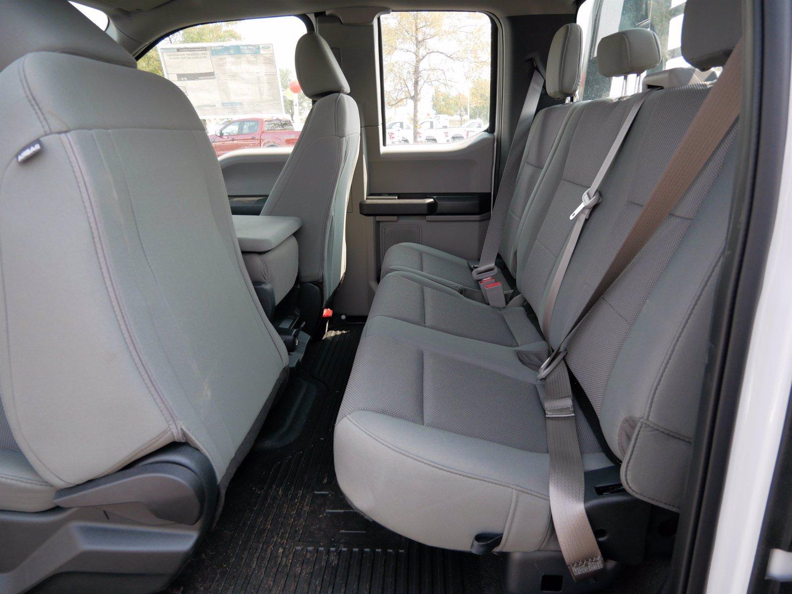 2019 Ford F-550 Super Cab DRW 4x4, CM Truck Beds Platform Body #69365 - photo 21