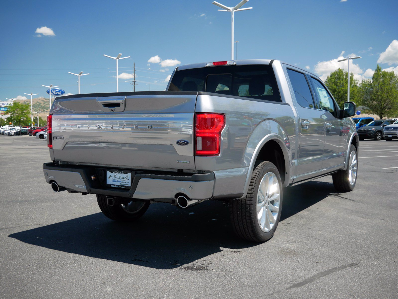 2020 Ford F-150 SuperCrew Cab 4x4, Pickup #85540 - photo 2