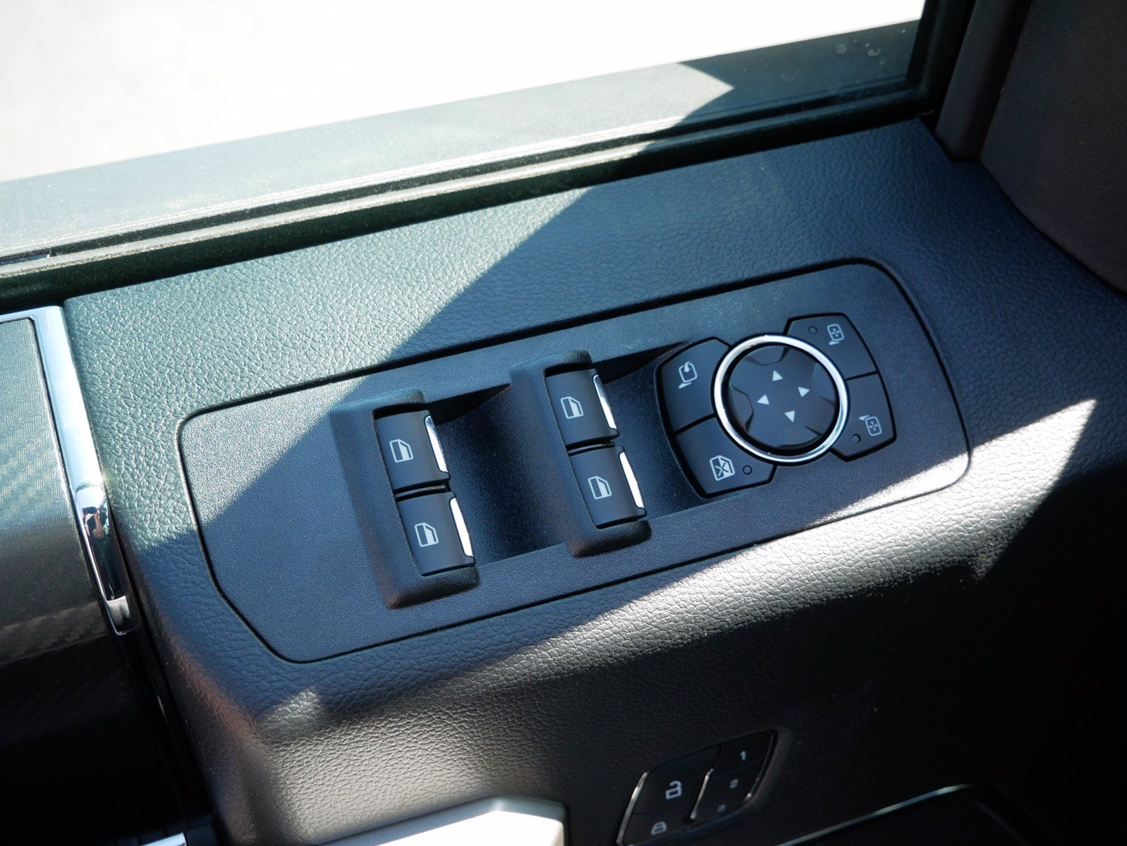 2020 Ford F-150 SuperCrew Cab 4x4, Pickup #85604 - photo 12