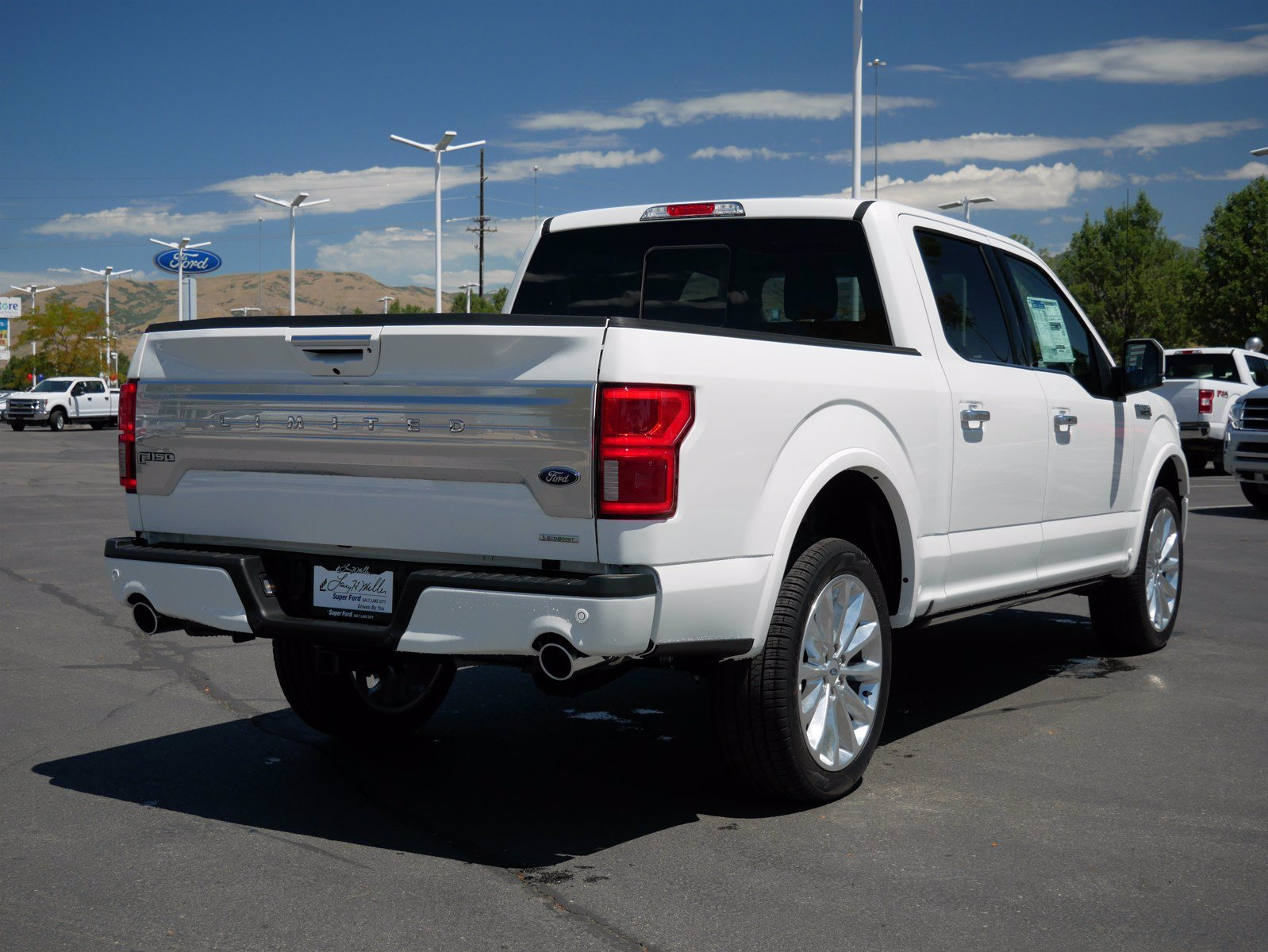 2020 Ford F-150 SuperCrew Cab 4x4, Pickup #85635 - photo 2