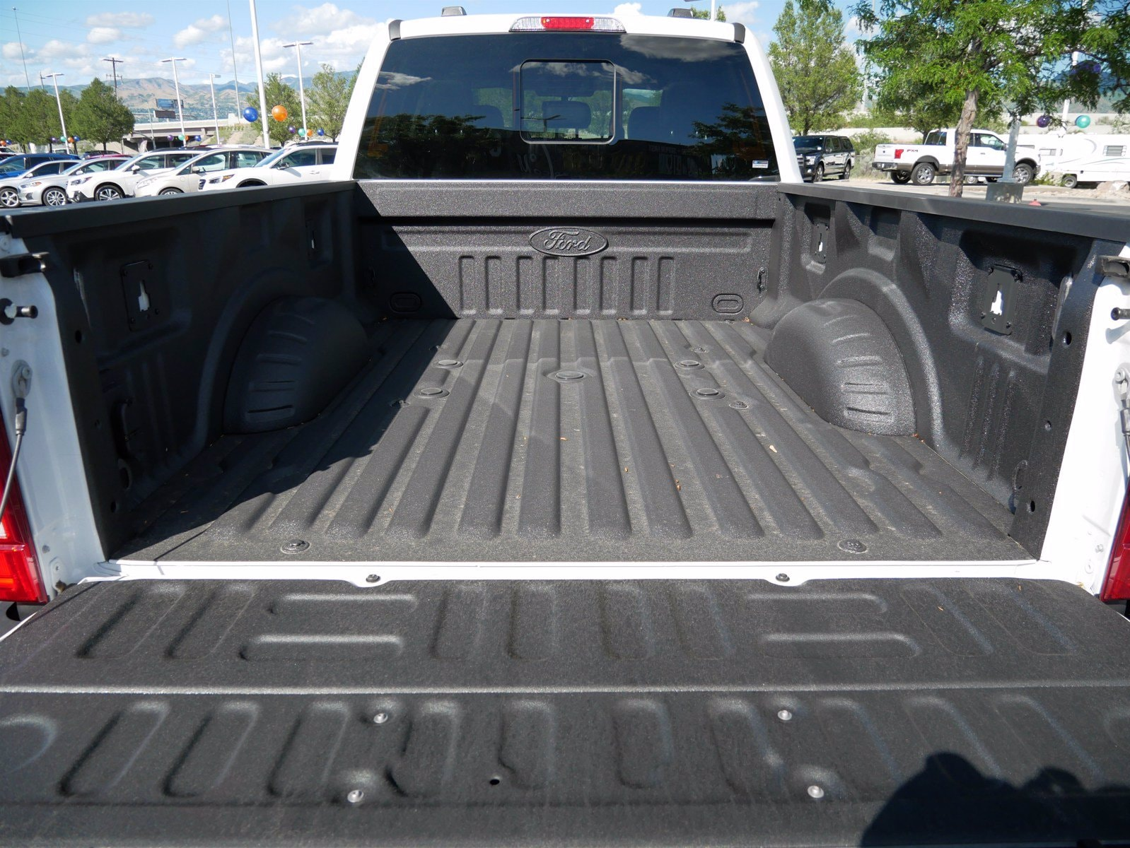 2020 Ford F-350 Crew Cab 4x4, Pickup #88096 - photo 29