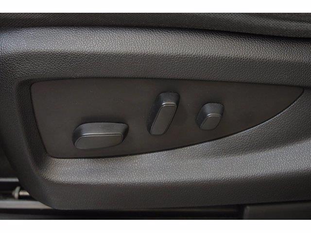 2018 Chevrolet Silverado 1500 Crew Cab 4x4, Pickup #T25160 - photo 15