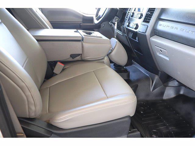 2017 Ford F-550 Regular Cab DRW 4x2, Platform Body #T25189 - photo 15