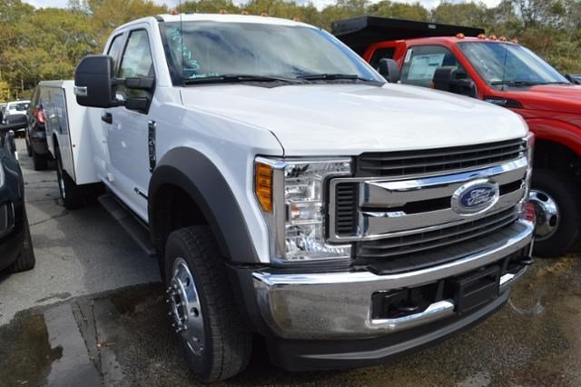 2017 F-450 Super Cab DRW 4x4, Service Body #N5590 - photo 3