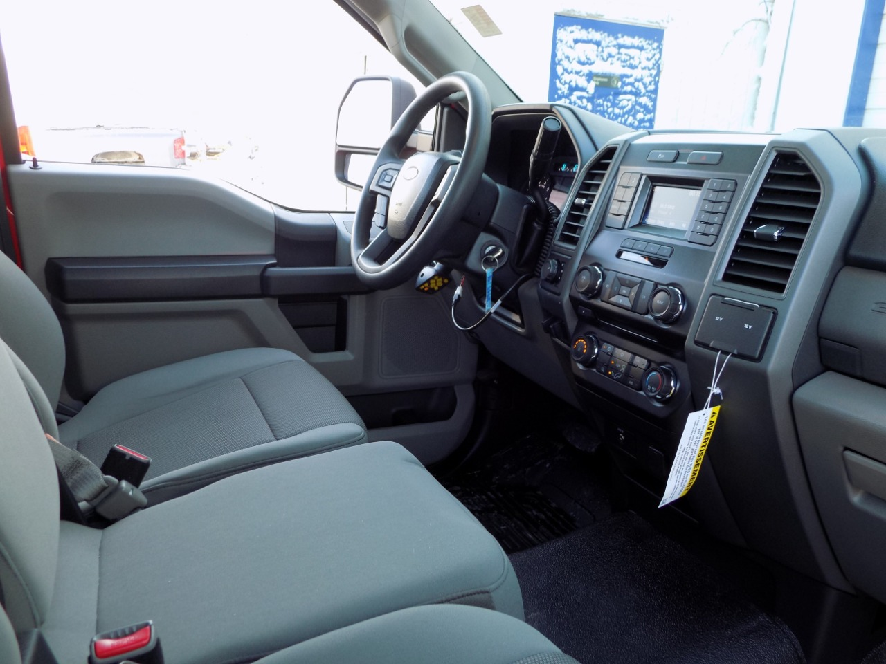 2017 F-250 Regular Cab 4x4, Pickup #N6007 - photo 21