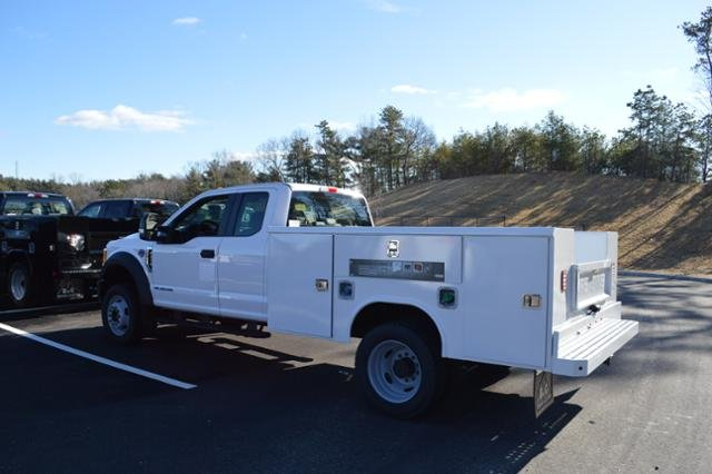 2017 F-450 Super Cab DRW 4x4, Service Body #N6790 - photo 3