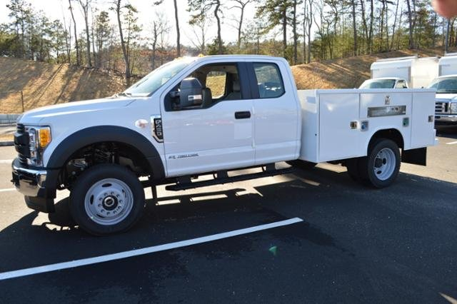 2017 F-450 Super Cab DRW 4x4, Service Body #N6790 - photo 4