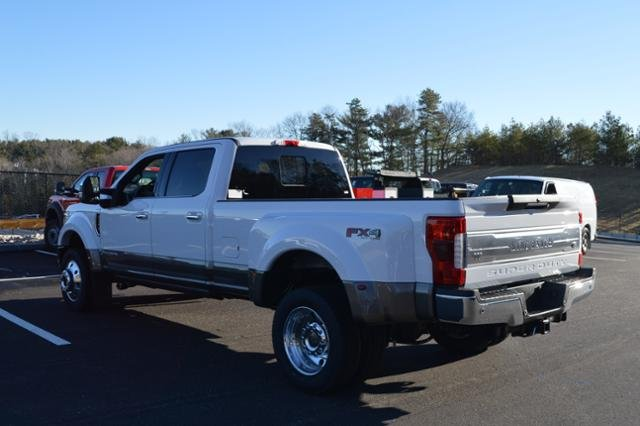 2018 F-450 Crew Cab DRW 4x4, Pickup #N6802 - photo 3