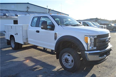 2017 F-450 Super Cab DRW 4x4,  Service Body #N6830 - photo 3