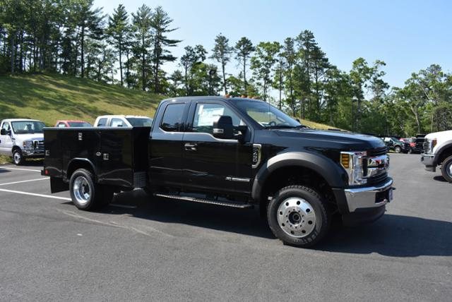 2018 F-450 Super Cab DRW 4x4,  Reading Service Body #N7017 - photo 3
