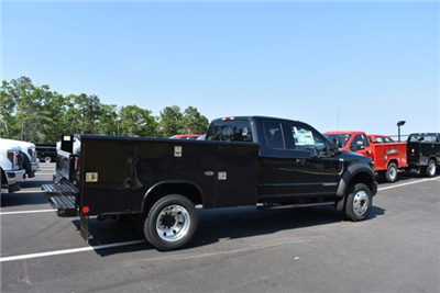 2018 F-450 Super Cab DRW 4x4,  Reading Classic II Aluminum  Service Body #N7017 - photo 4