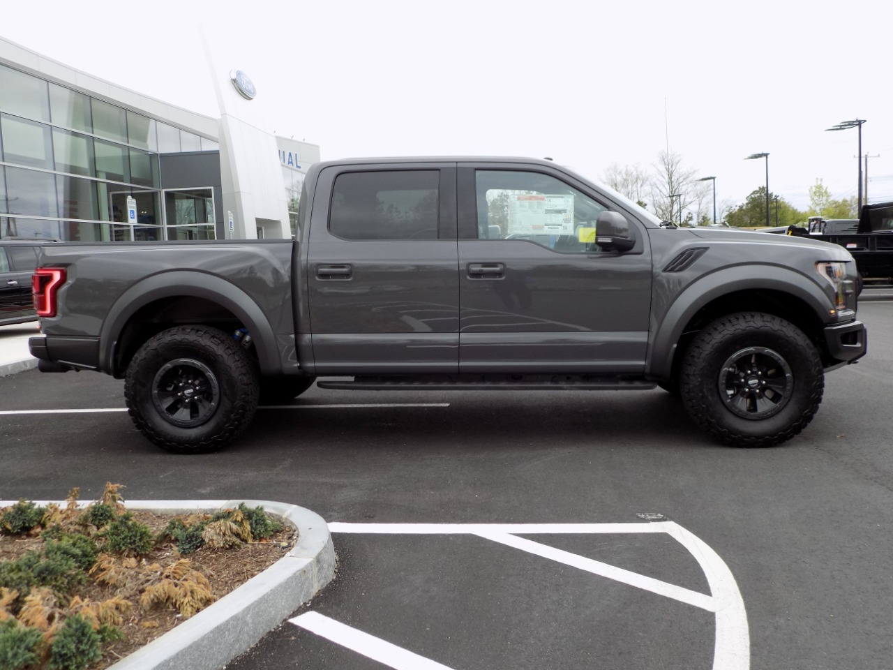 2018 F-150 SuperCrew Cab 4x4, Pickup #N7226 - photo 9