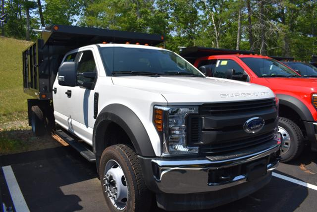 2018 F-550 Crew Cab DRW 4x4,  Reading Landscape Dump #N7268 - photo 3