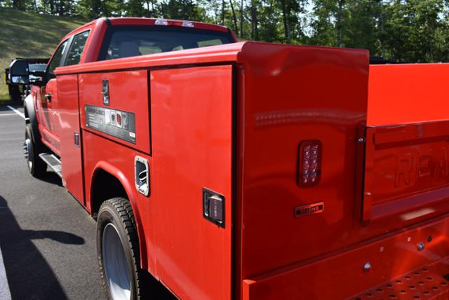 2018 F-450 Crew Cab DRW 4x4,  Service Body #N7290 - photo 3