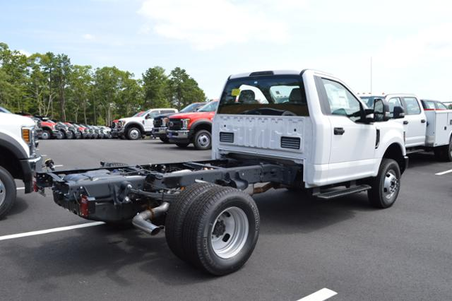 2018 F-350 Regular Cab DRW 4x4,  Cab Chassis #N7435 - photo 4