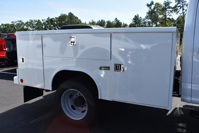 2019 F-450 Crew Cab DRW 4x4,  Reading Service Body #N7496 - photo 5