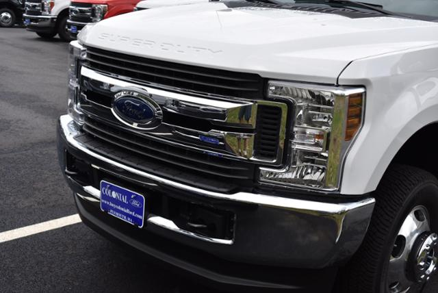 2019 F-350 Crew Cab DRW 4x4,  Reading Service Body #N7509 - photo 19