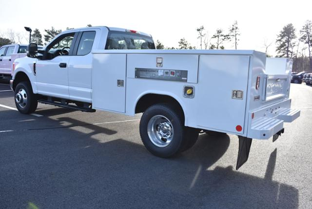 2019 F-350 Super Cab DRW 4x4,  Reading Service Body #N8117 - photo 2