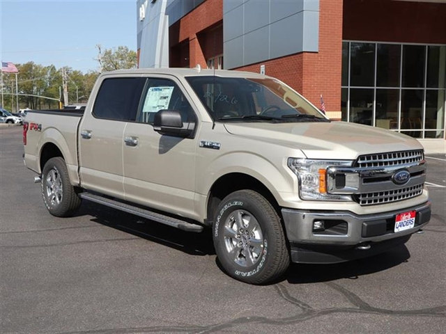 2018 F-150 SuperCrew Cab 4x4,  Pickup #18T0957 - photo 3