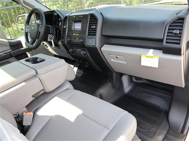 2018 F-150 Regular Cab 4x2,  Pickup #18T0964 - photo 5