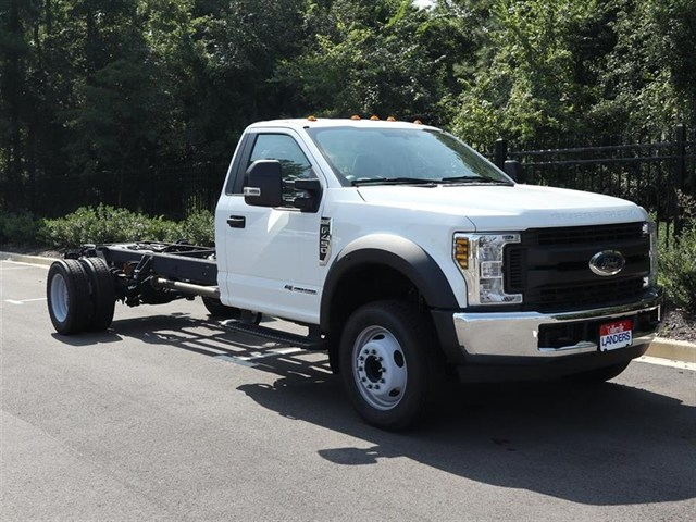 2018 F-450 Regular Cab DRW 4x2,  Cab Chassis #18T1263 - photo 3