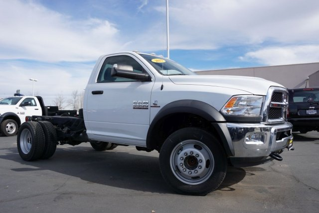 2017 Ram 5500 Regular Cab DRW 4x2,  Cab Chassis #28504D - photo 3