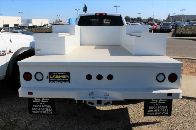 2017 Ram 5500 Crew Cab DRW 4x2,  Scelzi Welder Body #52402D - photo 3