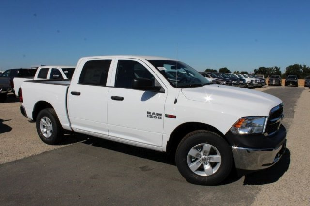 2018 Ram 1500 Crew Cab 4x2,  Pickup #53308D - photo 3