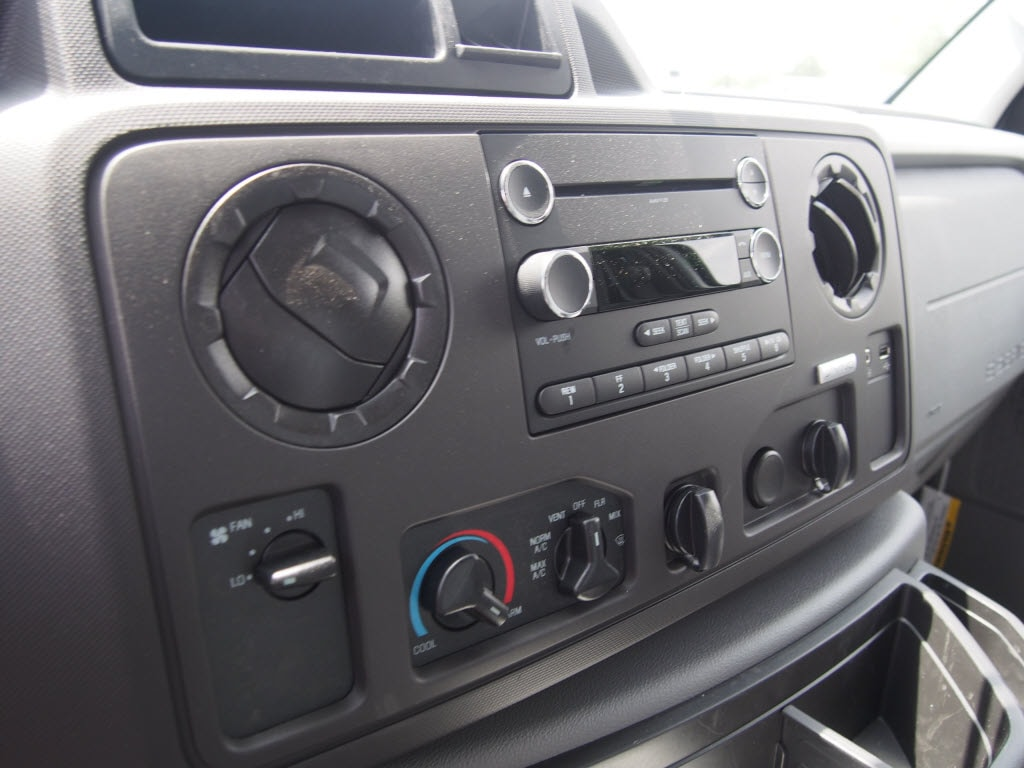 2019 E-350 4x2, Dejana DuraCube Max Service Utility Van #10142T - photo 12