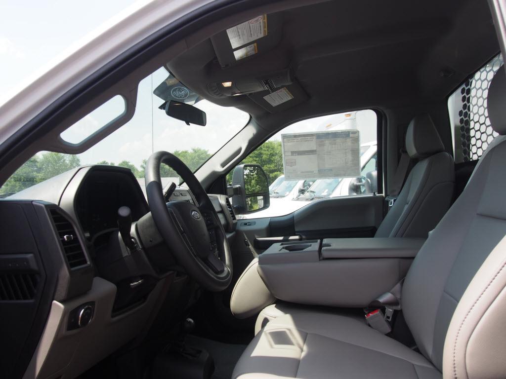 2019 Ford F-550 Regular Cab DRW 4x4, Knapheide PGNB Gooseneck Platform Body #10264T - photo 15