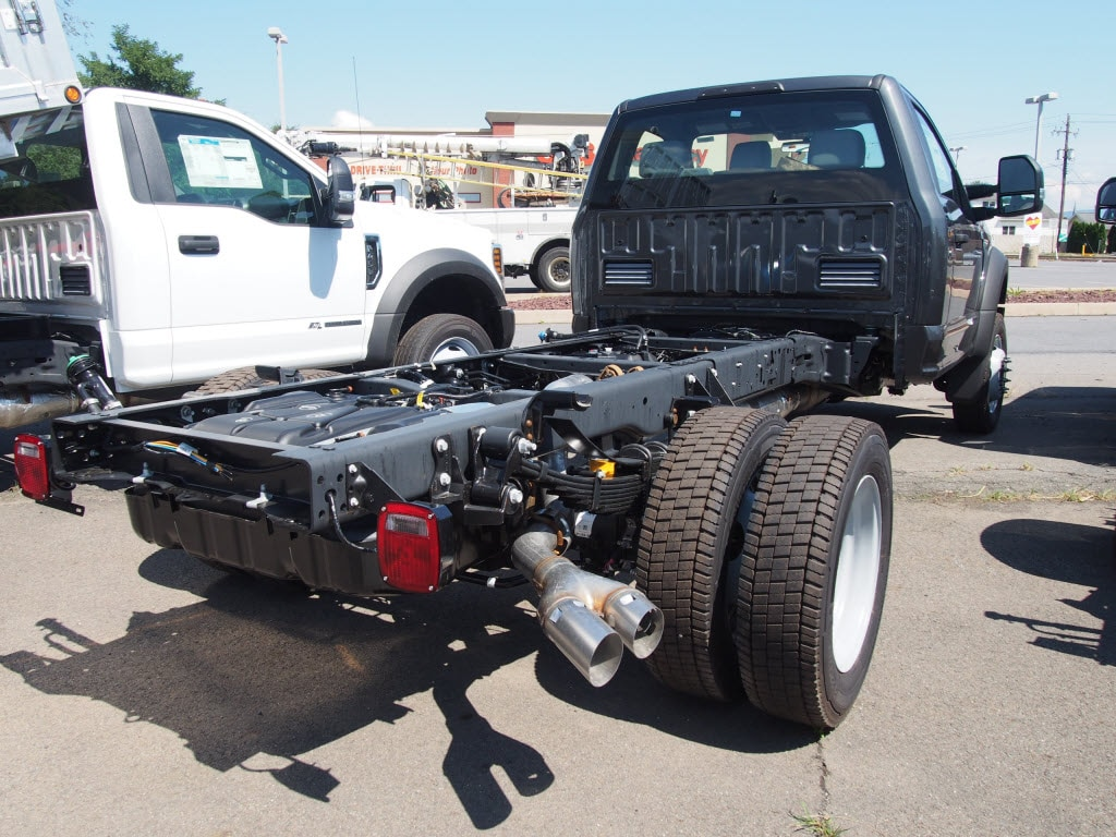 2019 Ford F-550 Regular Cab DRW 4x4, Cab Chassis #10301T - photo 1