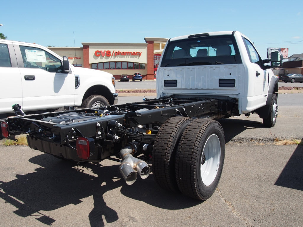 2019 Ford F-550 Regular Cab DRW 4x4, Cab Chassis #10308T - photo 2