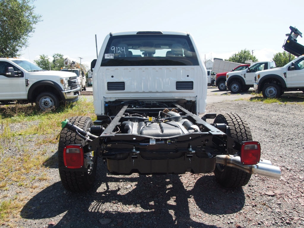 2019 Ford F-350 Super Cab 4x4, Cab Chassis #10320T - photo 4