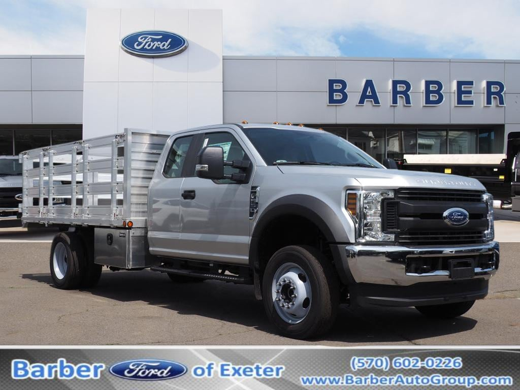 2019 Ford F-550 Super Cab DRW 4x4, Duramag Stake Bed #10390T - photo 1