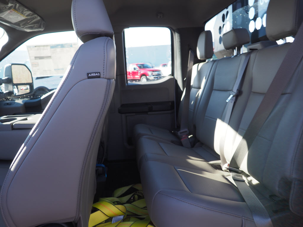 2019 F-550 Super Cab DRW 4x4, Switch N Go Drop Box Hooklift Body #10445T - photo 12