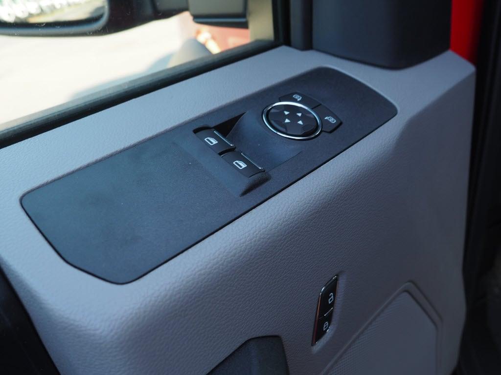2019 F-550 Regular Cab DRW 4x4, Switch N Go Drop Box Hooklift Body #10480T - photo 14