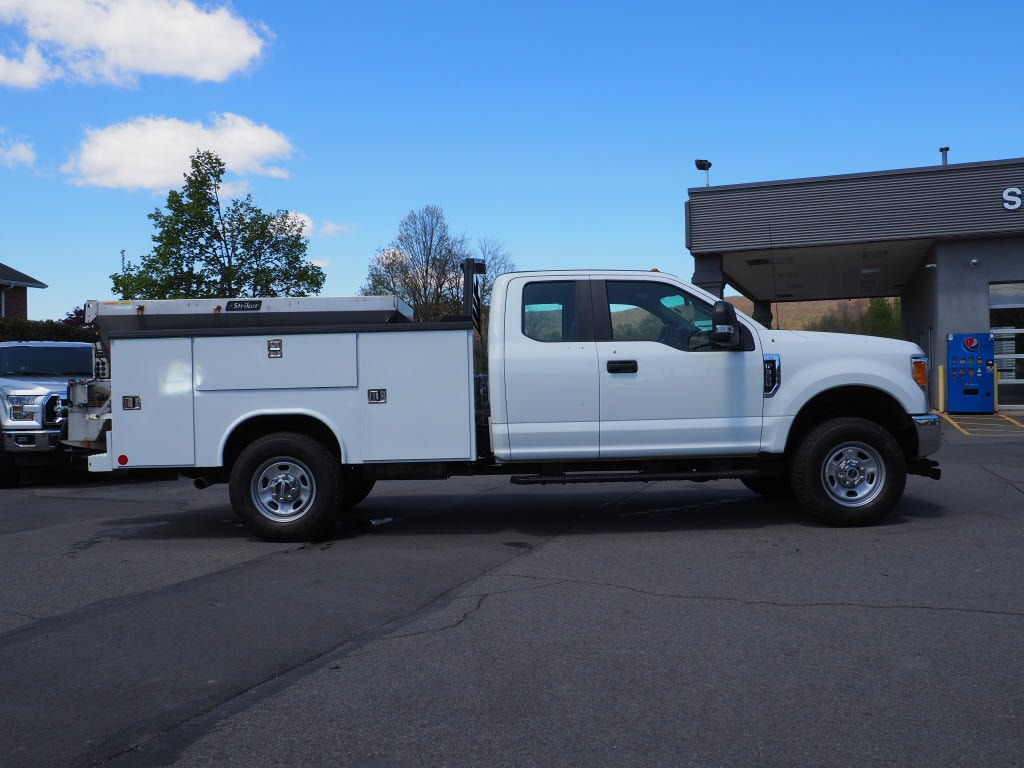 2017 F-350 Super Cab 4x4, Service Body #10567B - photo 3