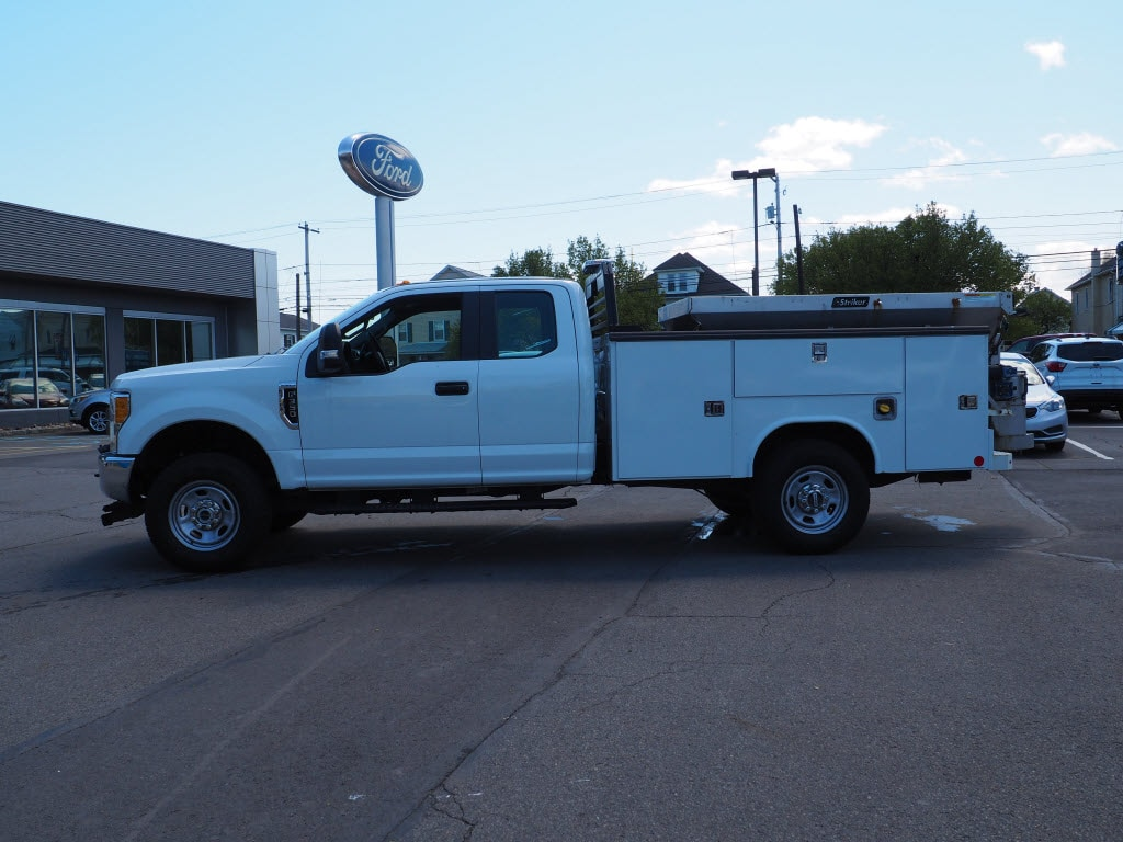 2017 F-350 Super Cab 4x4, Service Body #10567B - photo 6