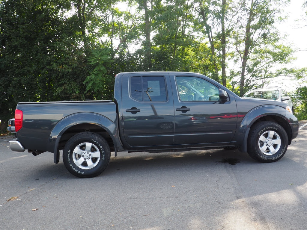 2013 Nissan Frontier Crew Cab 4x4, Pickup #10689A - photo 9
