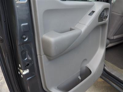 2013 Nissan Frontier Crew Cab 4x4, Pickup #10689A - photo 12