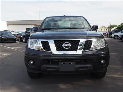 2013 Nissan Frontier Crew Cab 4x4, Pickup #10689A - photo 3