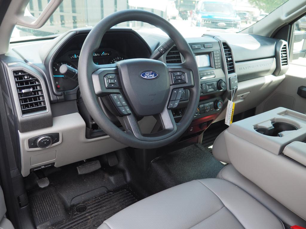 2020 Ford F-350 Regular Cab DRW 4x4, Duramag Service Body #10720T - photo 9