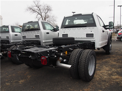2018 F-550 Regular Cab DRW 4x4,  Cab Chassis #9453T - photo 2
