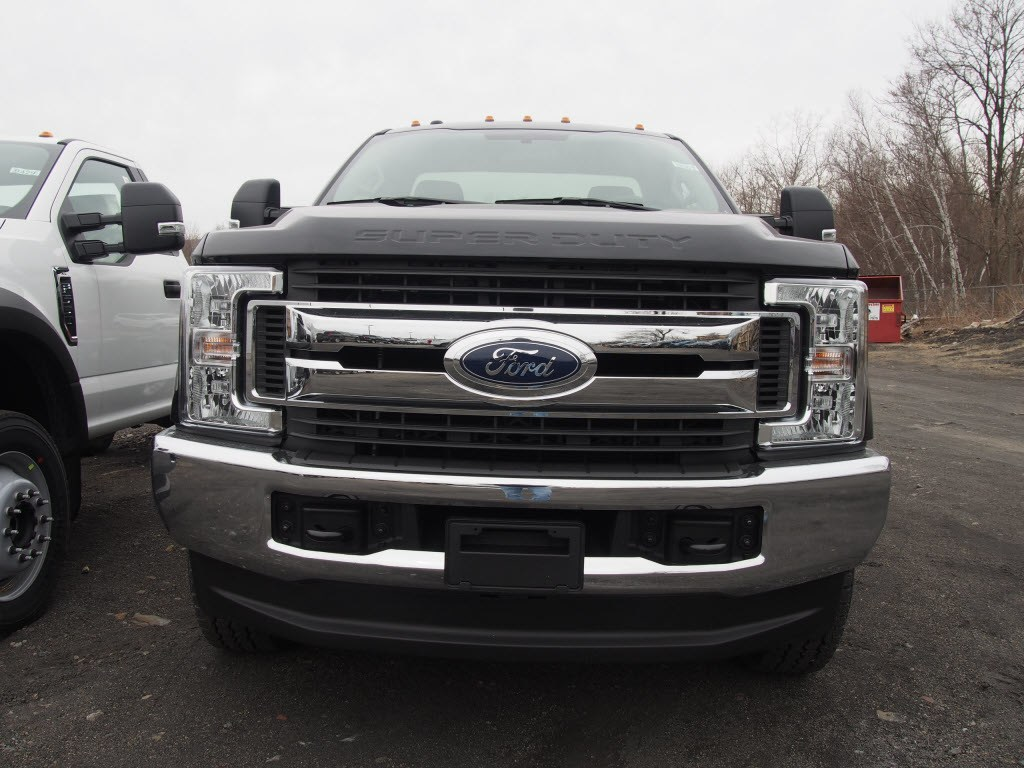 2018 F-350 Regular Cab 4x4,  Cab Chassis #9501T - photo 3