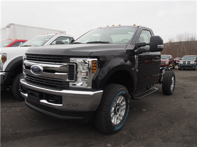 2018 F-350 Regular Cab 4x4,  Cab Chassis #9501T - photo 4