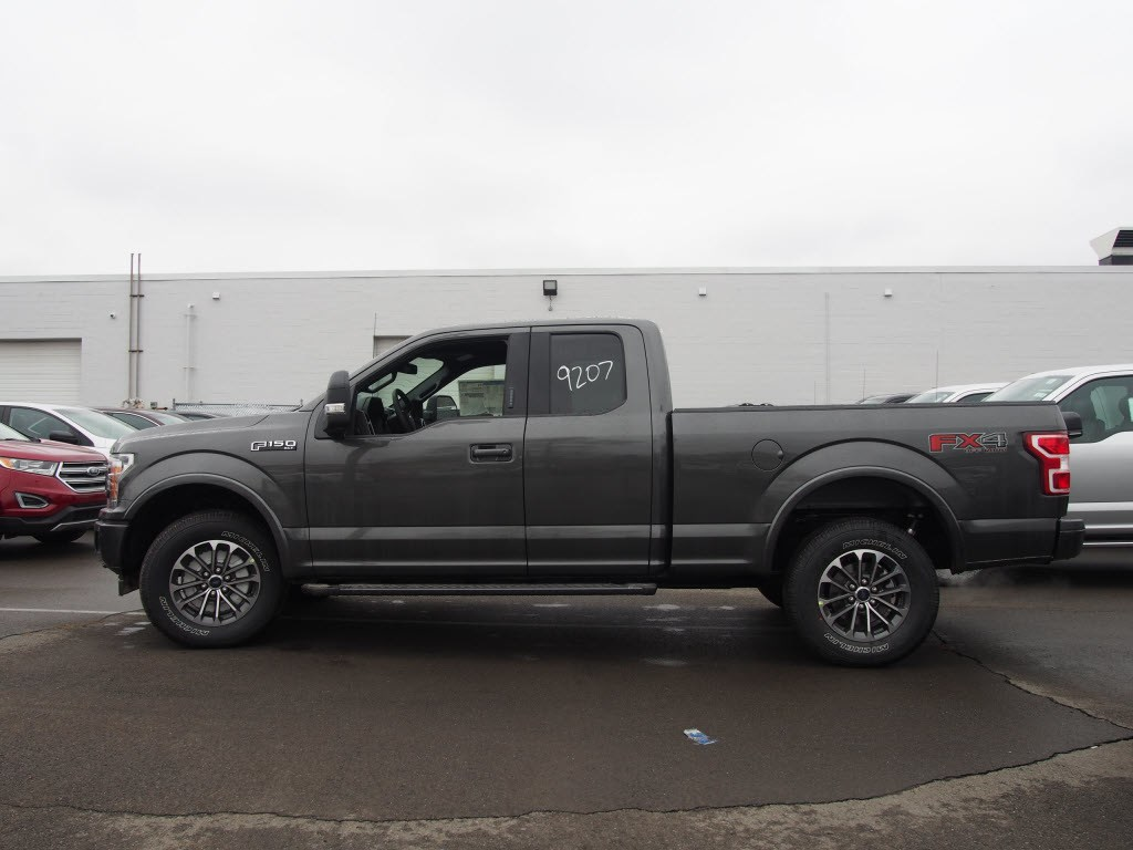2018 F-150 Super Cab 4x4,  Pickup #9506T - photo 5