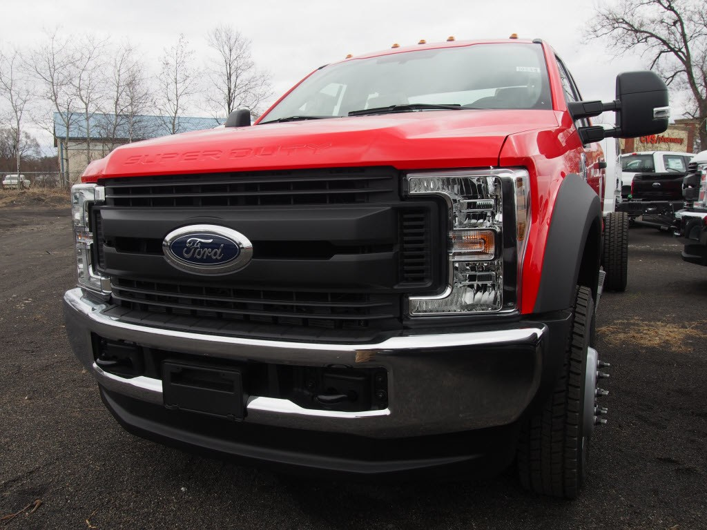 2018 F-550 Super Cab DRW 4x4,  Cab Chassis #9548T - photo 4